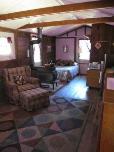 River's Bend Lodge Room